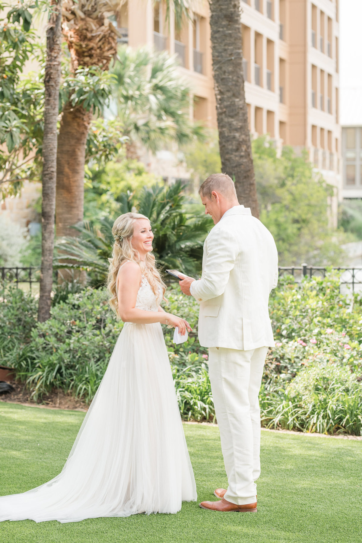 Horseshoe Bay Resort Yacht Club Wedding Photographer-59