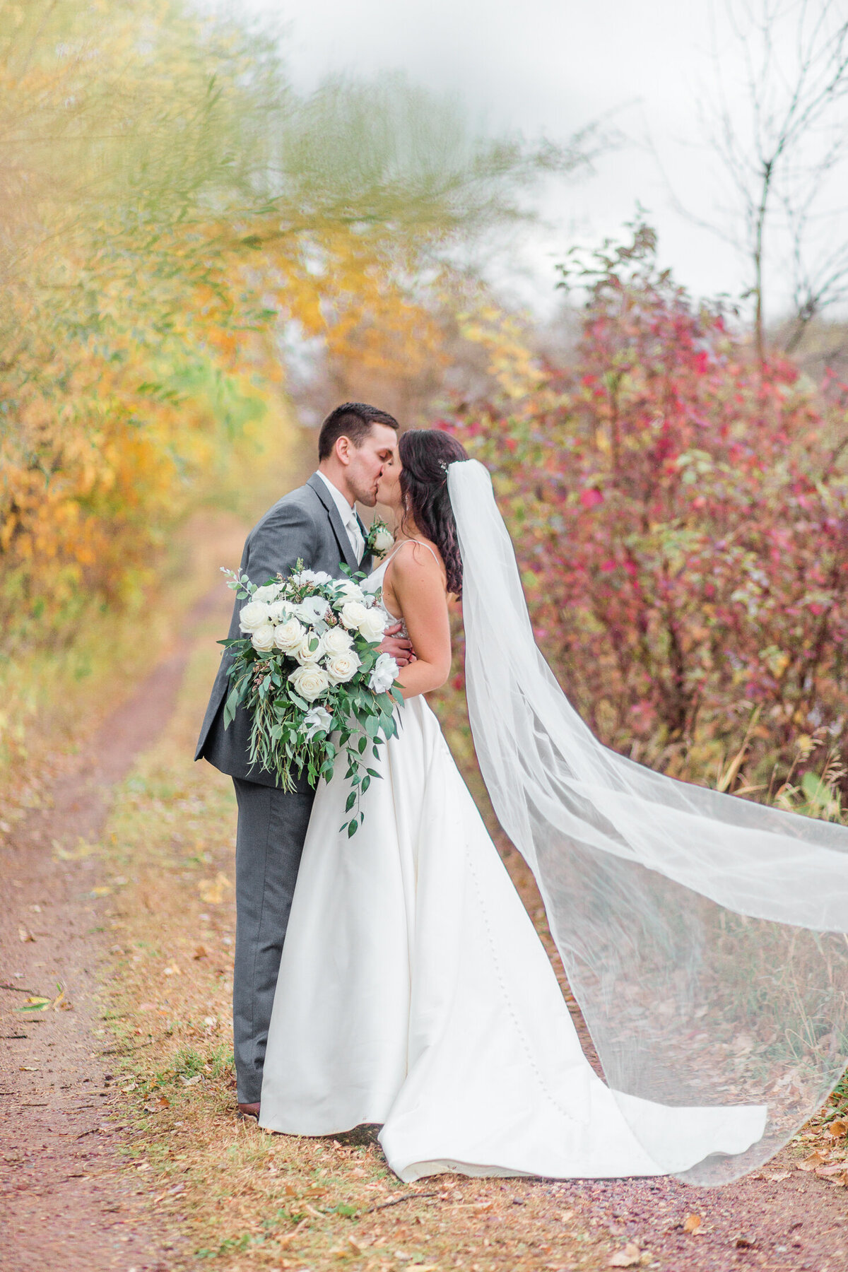 Autumn Wedding || © Emily Mitton Photography-38