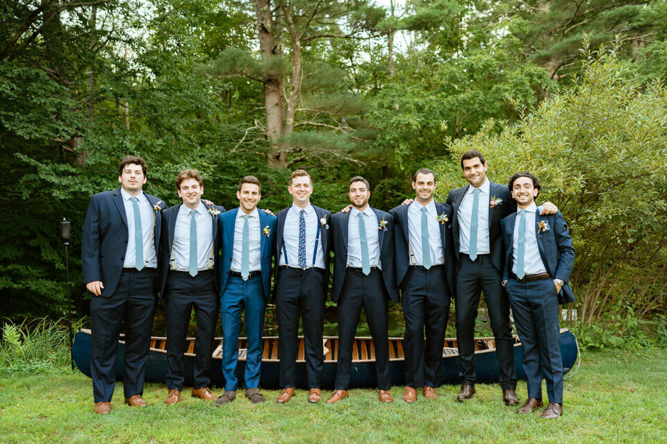 Catskills-Wedding-Planner-Foxfire-Mountain-House-Wedding-Canvas-Weddings-Groom-and-Groomsmen-2