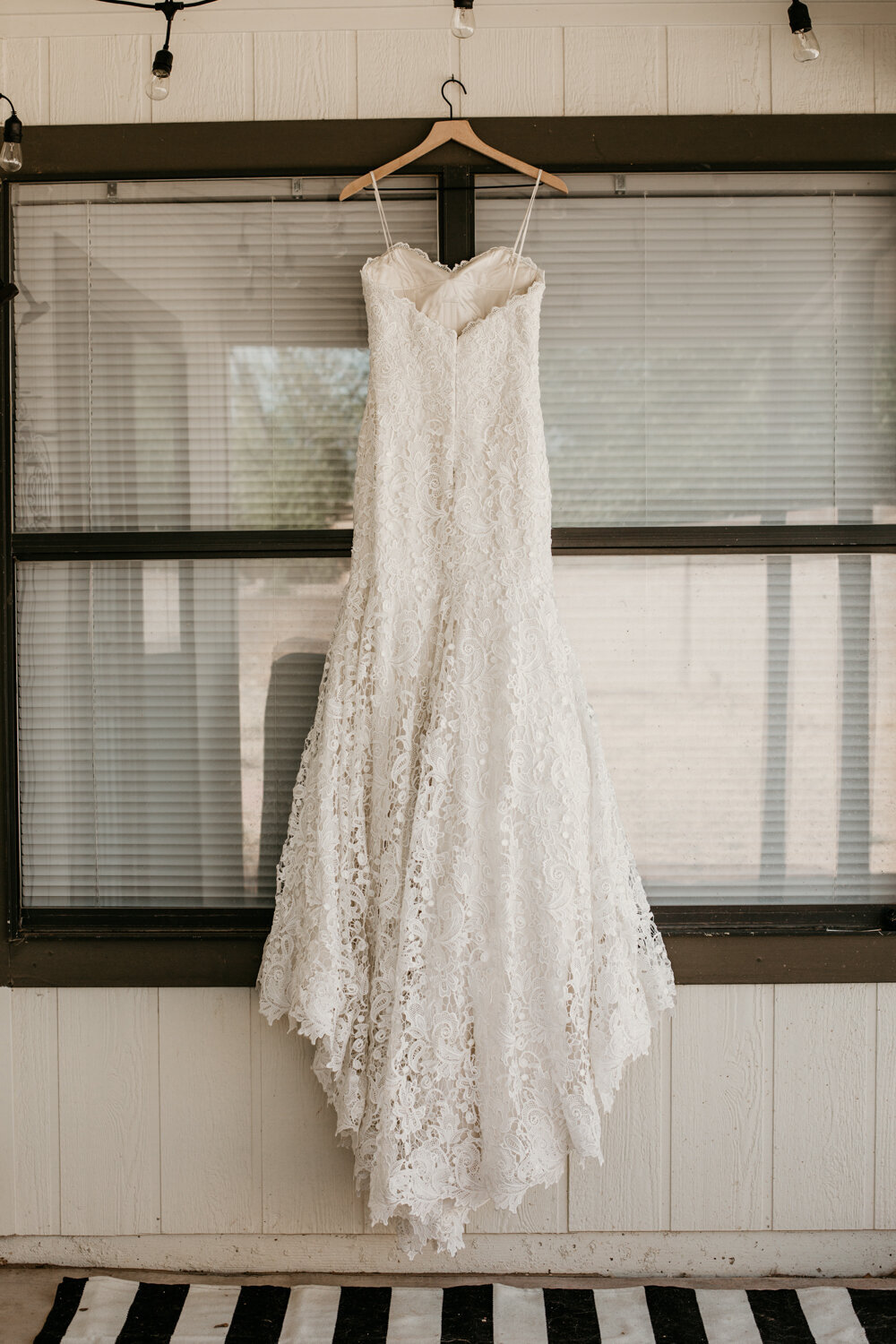 wedding-dress-rentals-for-styled-shoots-elopement-photographer-18