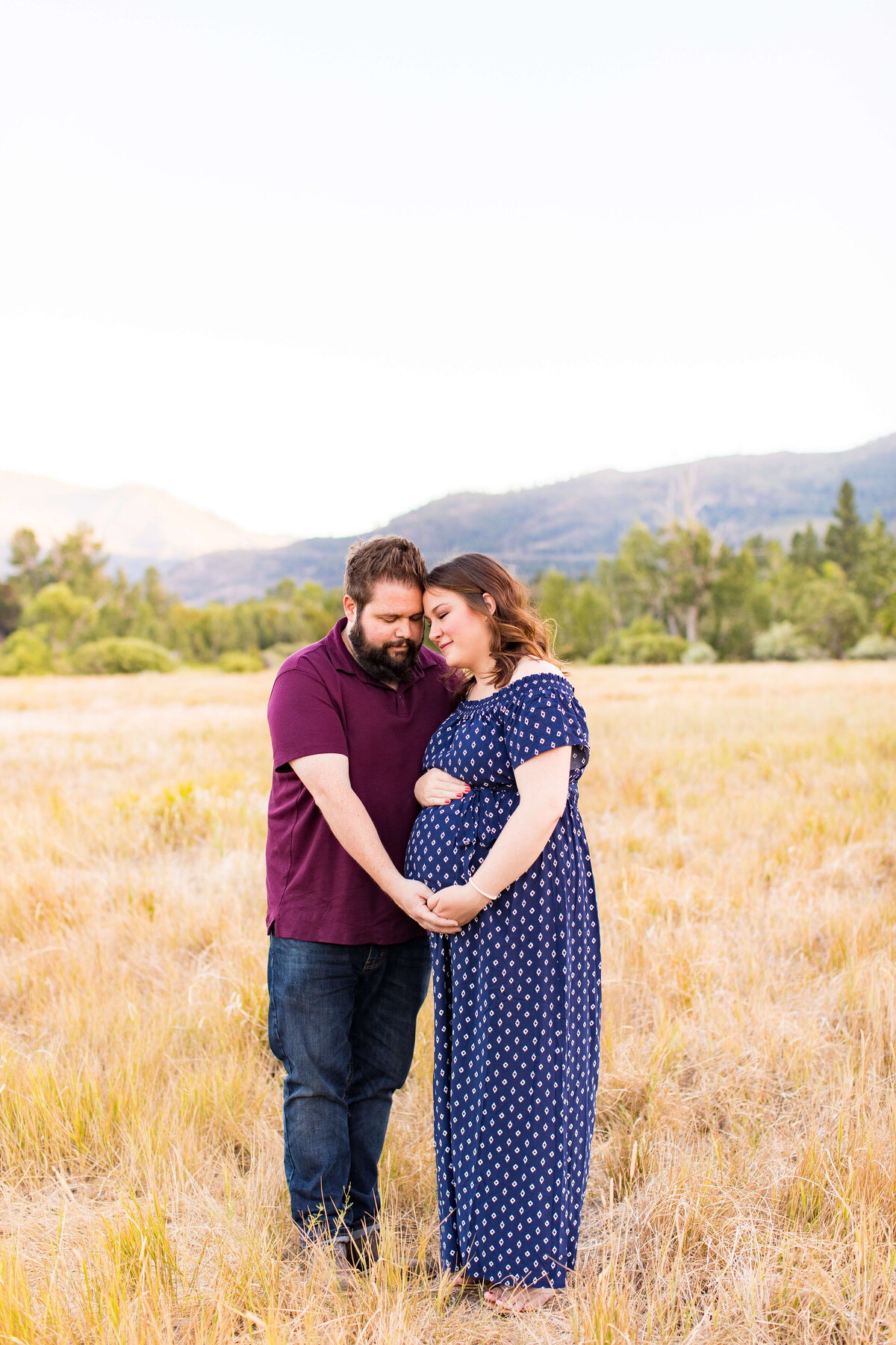 Ashley&JoelMaternitySession2020-32