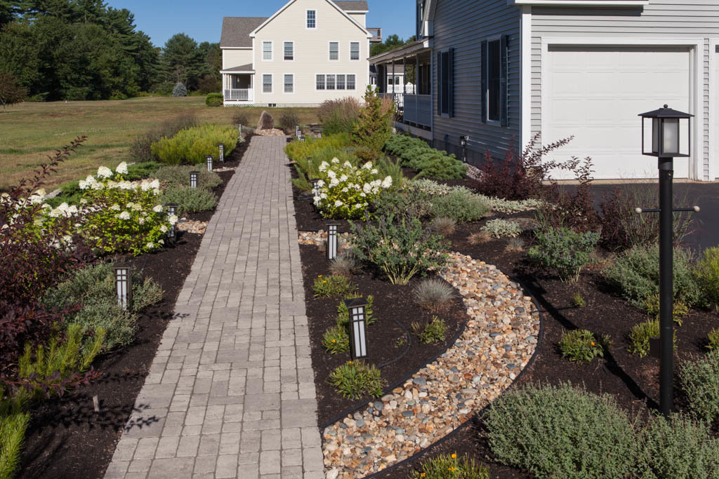 RFLD- Dry stream front walkway 21