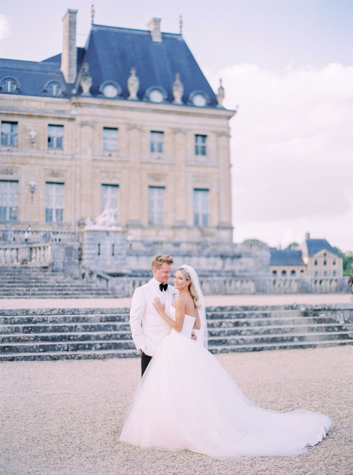 vaux-le-vicomte-luxury-wedding-phototographer-in-paris (39 of 56)