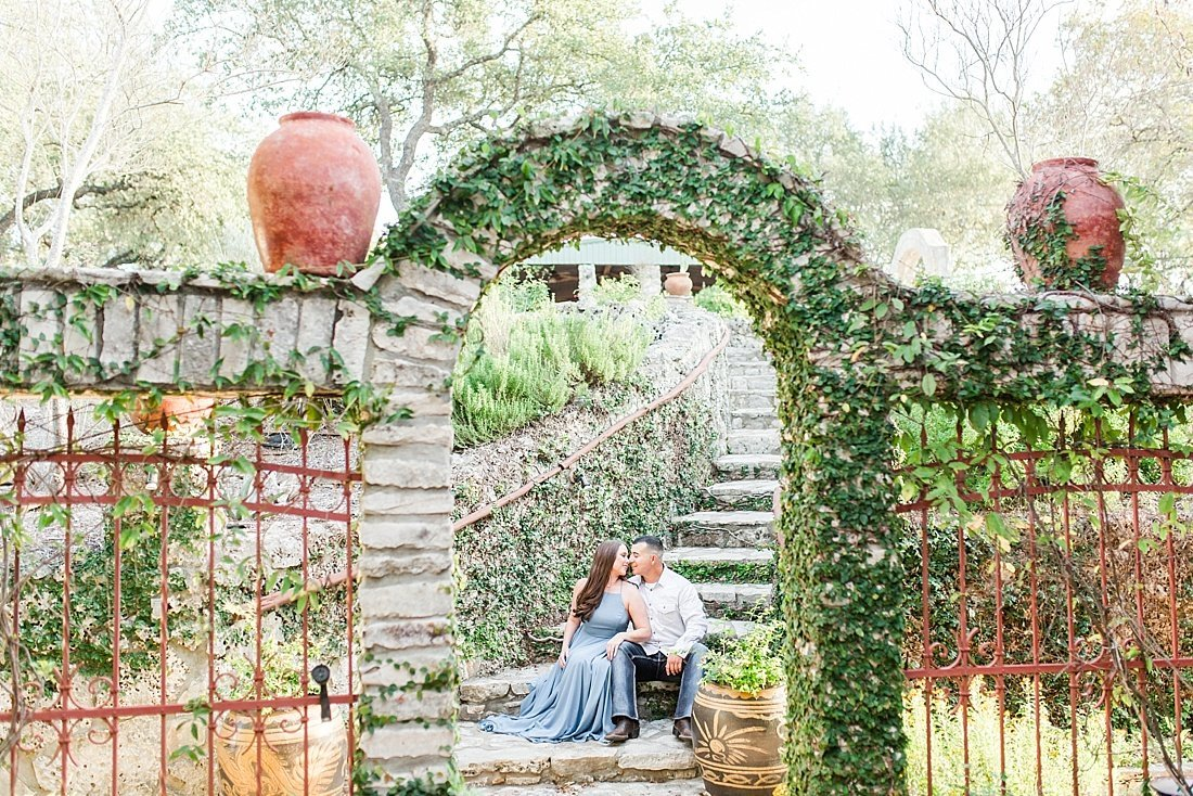 Rancho Mirando Wedding venue Engagement Photos in Fischer Texas_0019