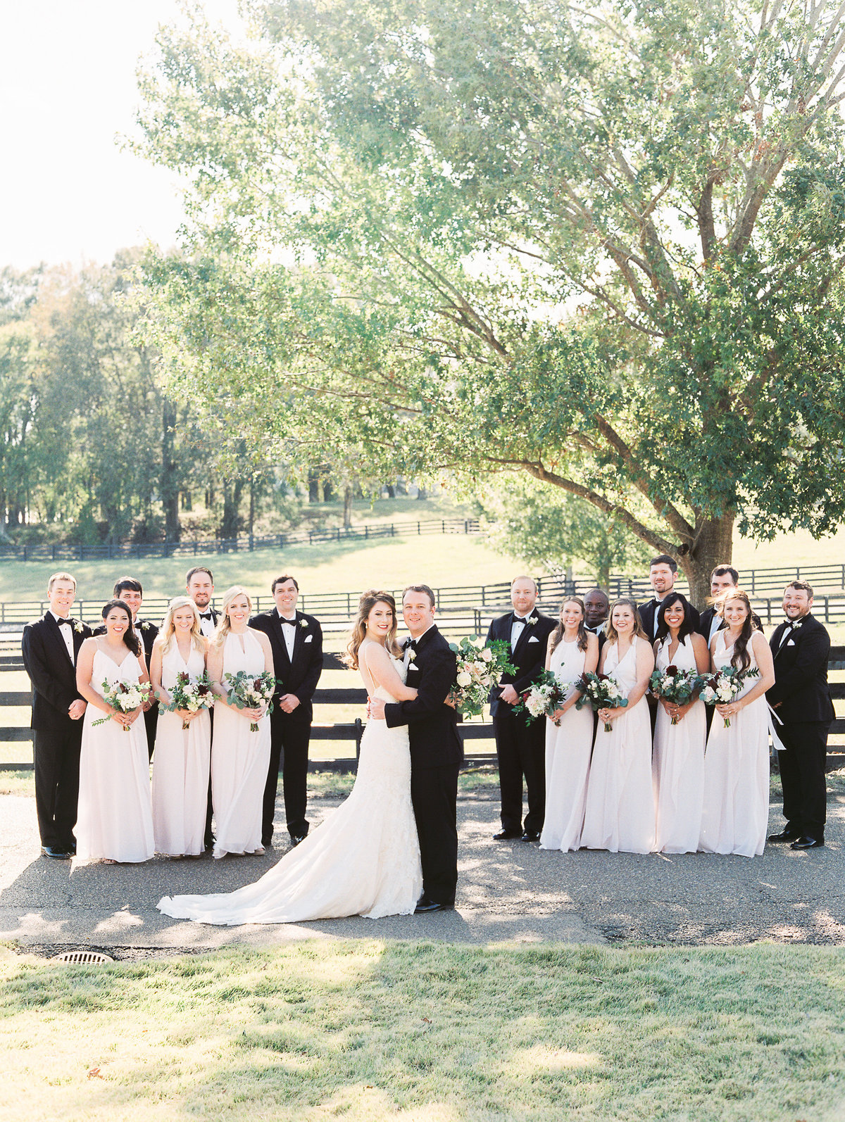 702_Anne & Ryan Wedding_Lindsay Vallas Photog