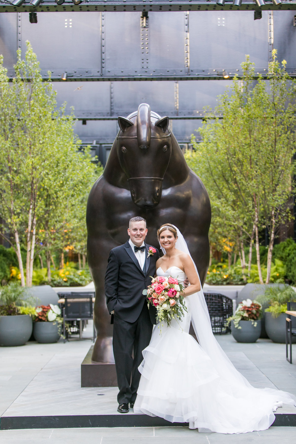 Sagamore Pendry Baltimore wedding with the horse