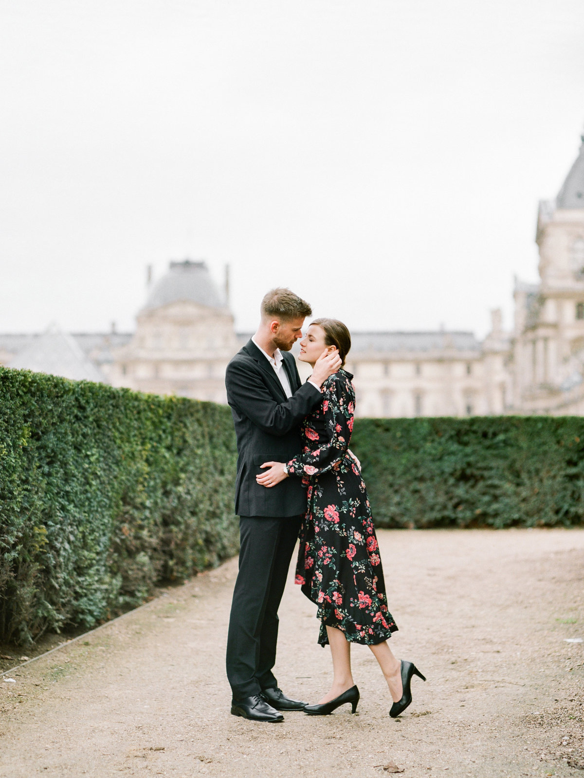 louvre-engagement-paris-photo