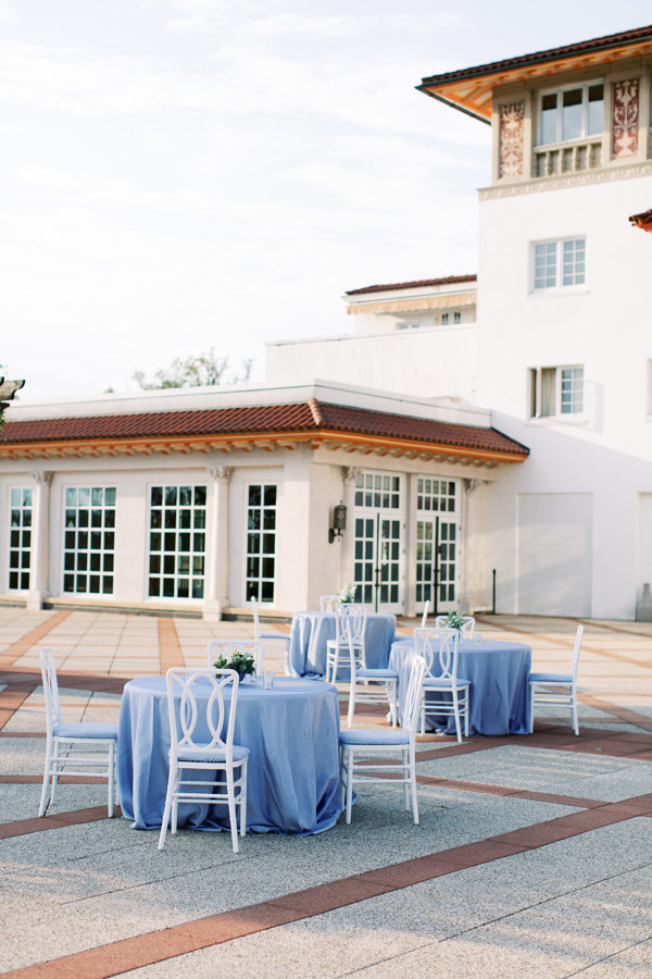 Cocktail-Reception-Light-Blue-Congressional-Country-Club.