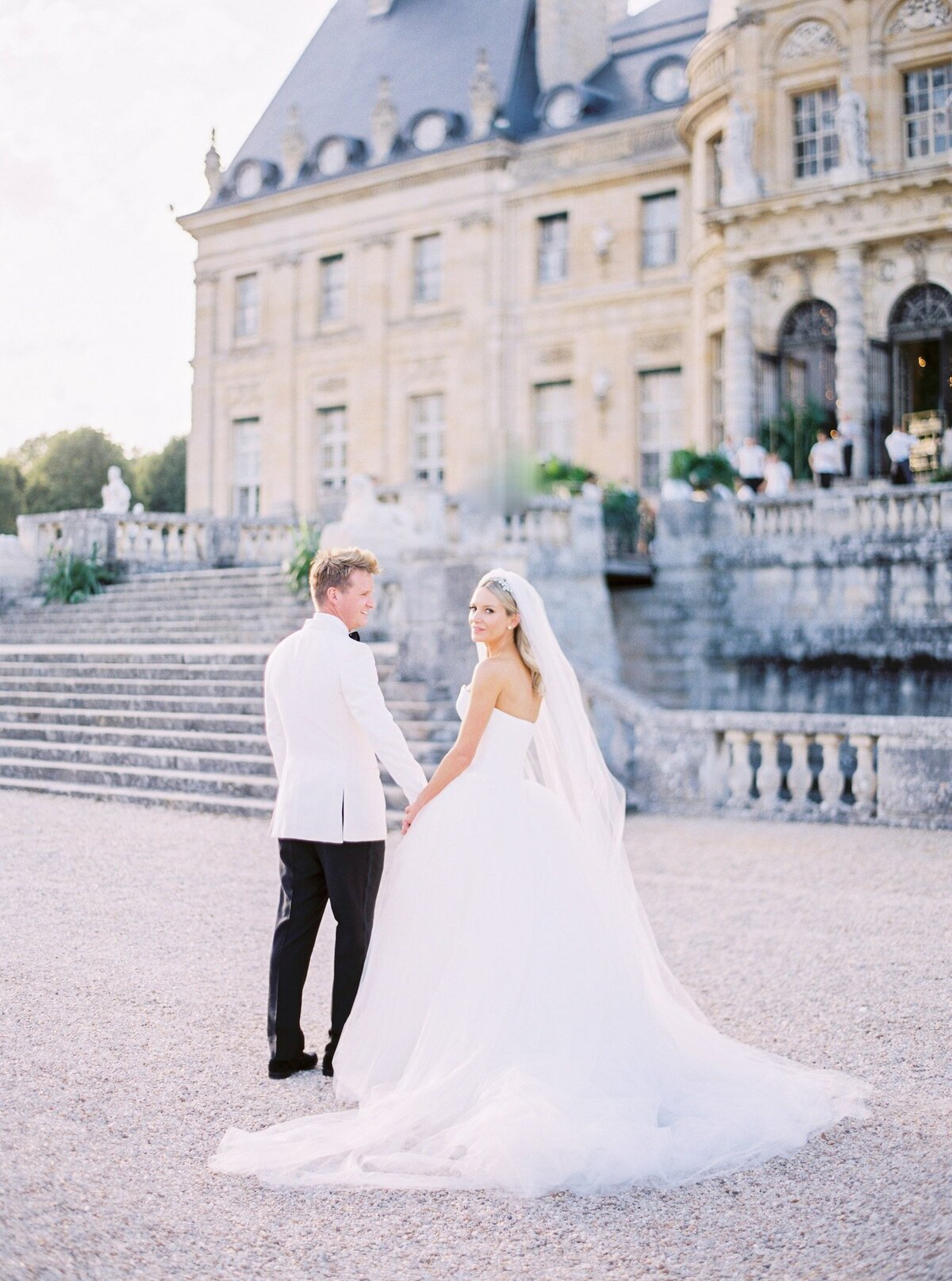 vaux-le-vicomte-luxury-wedding-phototographer-in-paris (49 of 56)