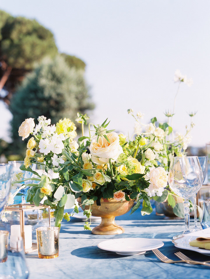 table flowers for rome wedding
