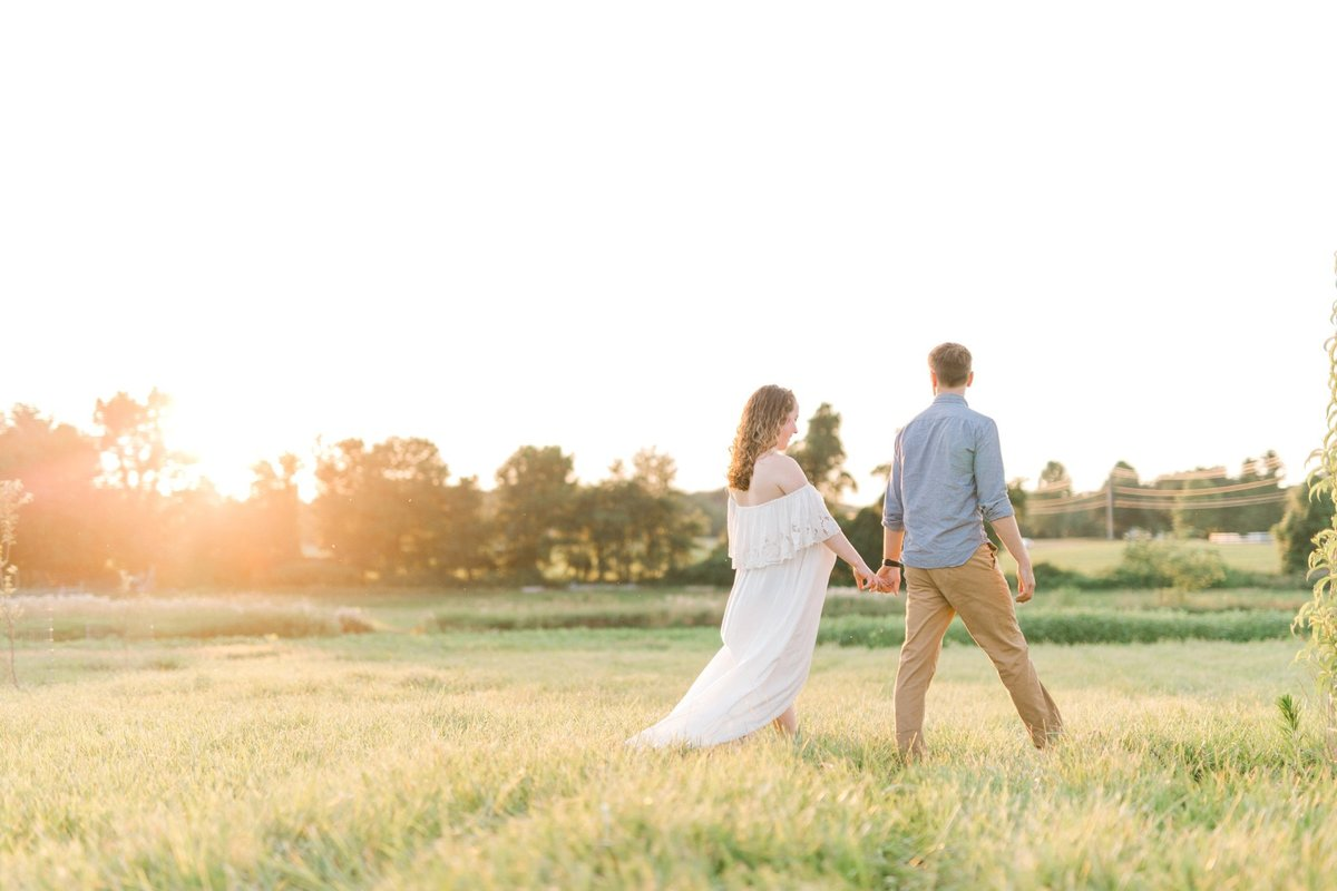 ETHEREAL SUMMER MATERNITY SESSION | MECHANICSBURG MATERNITY PHOTOGRAPHER_1010