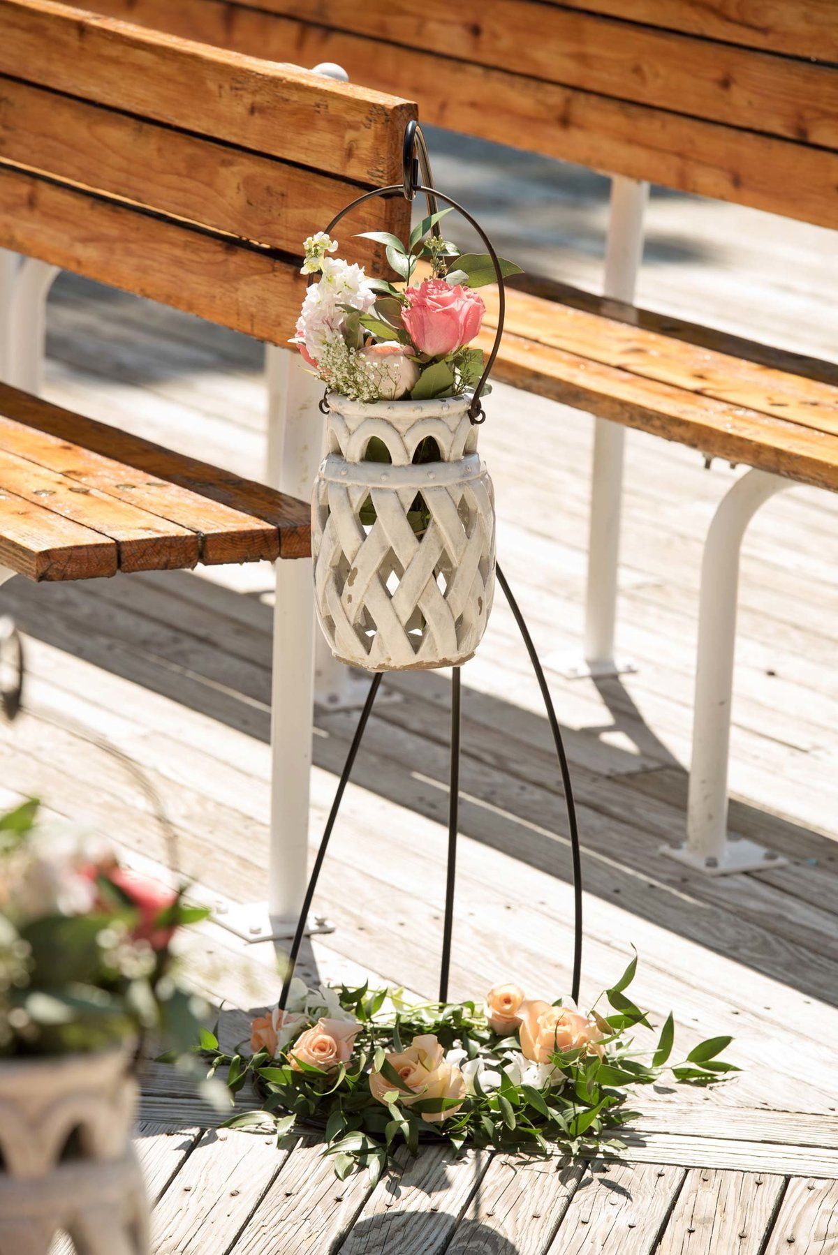 Floral decoration at outdoor reception at Flowerfield
