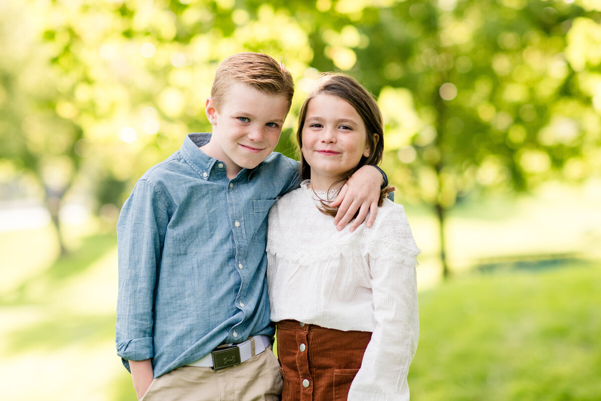 Des-Moines-Iowa-Family-Photographer-Theresa-Schumacher-Photography-Fall-Mini-Session-Brother-Sister