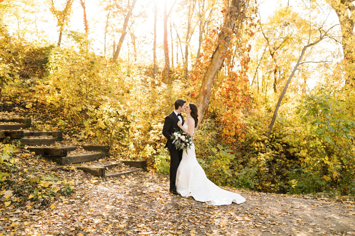 The-Renaissance-Hotel-Depot-Minneapolis-Wedding-Fall-Autumn-Luxury