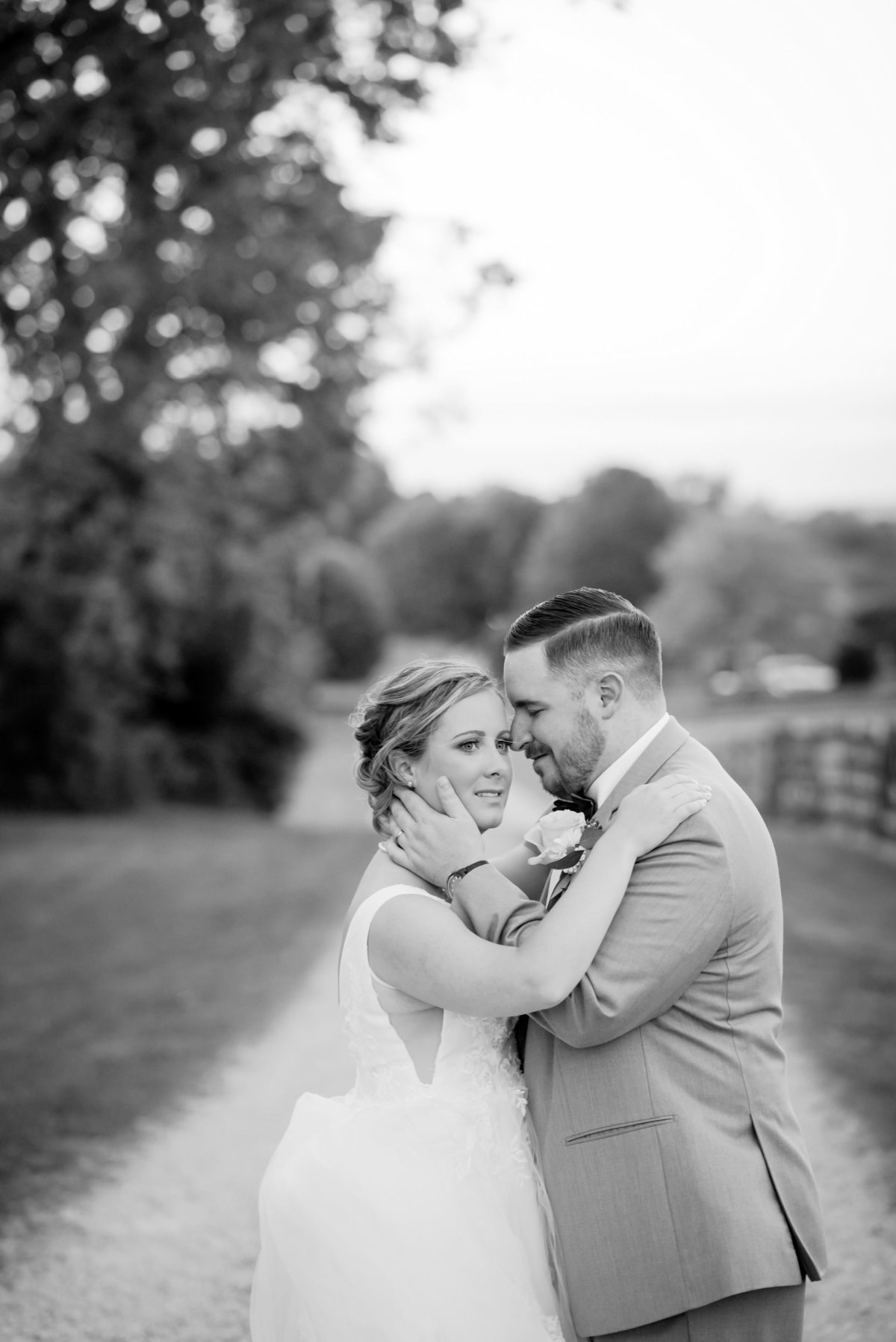 Nashville-Wedding-Photographer-Barn-in-the-bend+2
