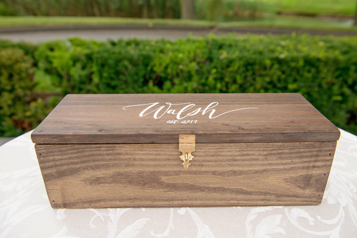 gift box for wedding at Willow Creek Golf and Country Club