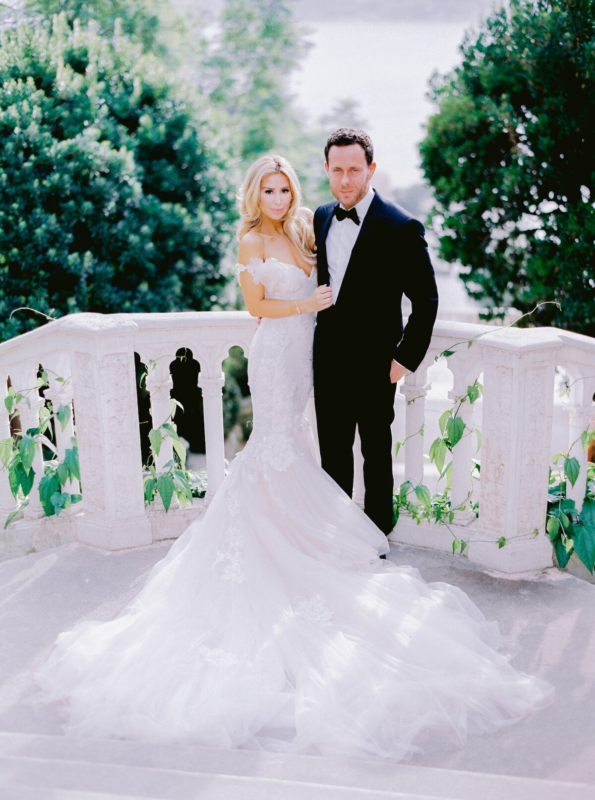 villa-ephrussi-luxury-wedding-phototographer-on-the-french-riviera (54 of 74)