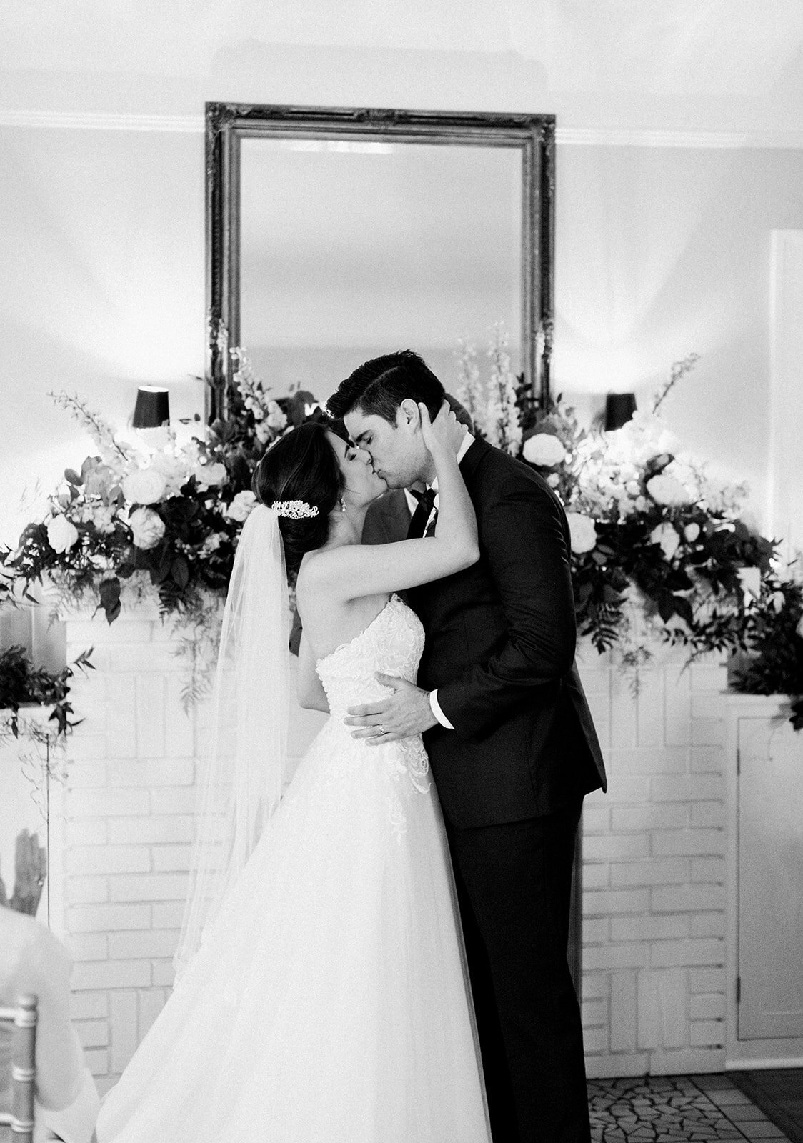 natalie-adam-fort-myers-veranda-wedding-photos-1314