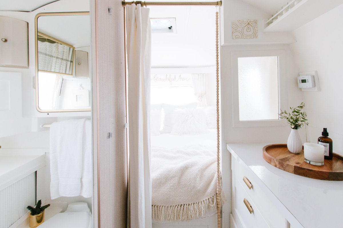 Shop our faves  | Airstream RV trailer | DESIGN THE LIFE YOU WANT TO LIVE | Lynneknowlton.com |