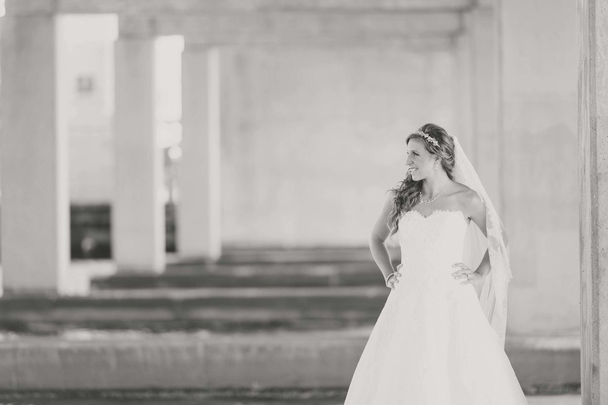 Bride portrait at Bridgeview Yacht Club