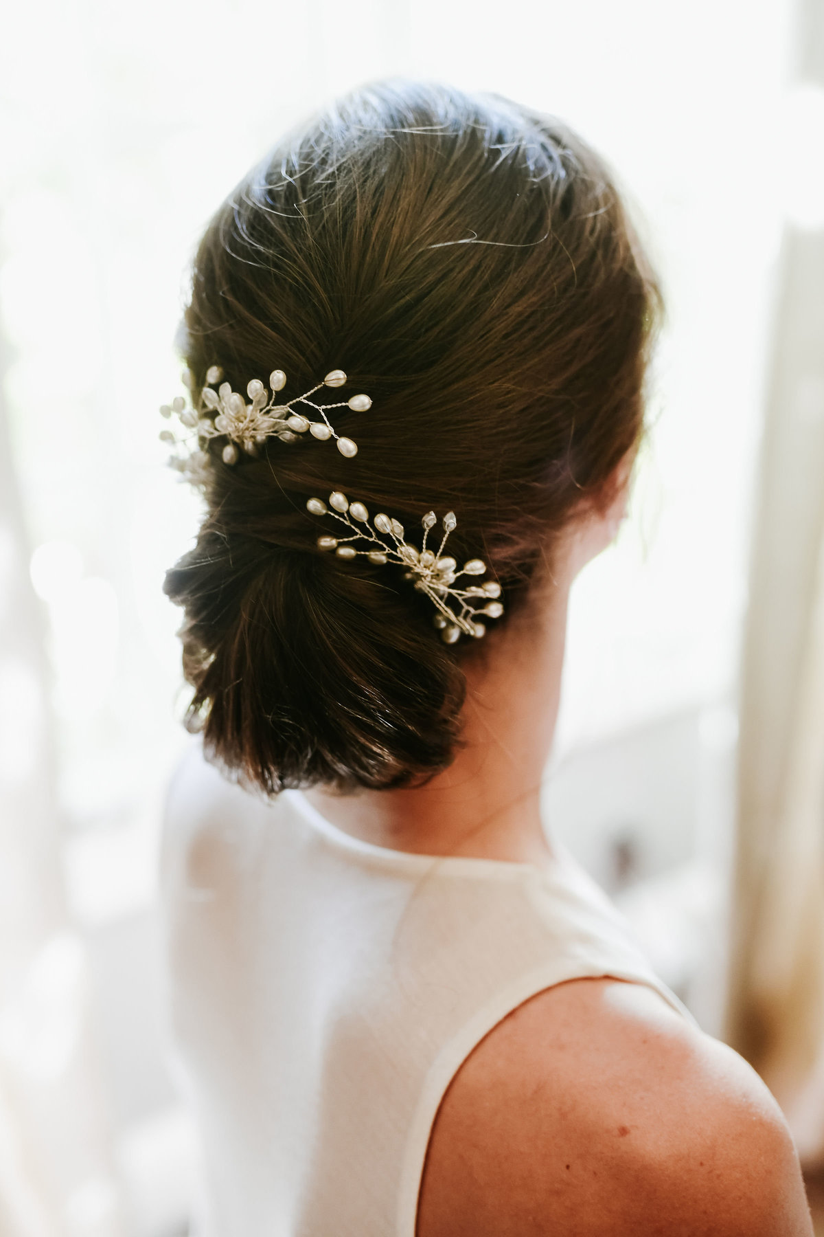 Bridal-Hair-Up-Do-Silver-Combs