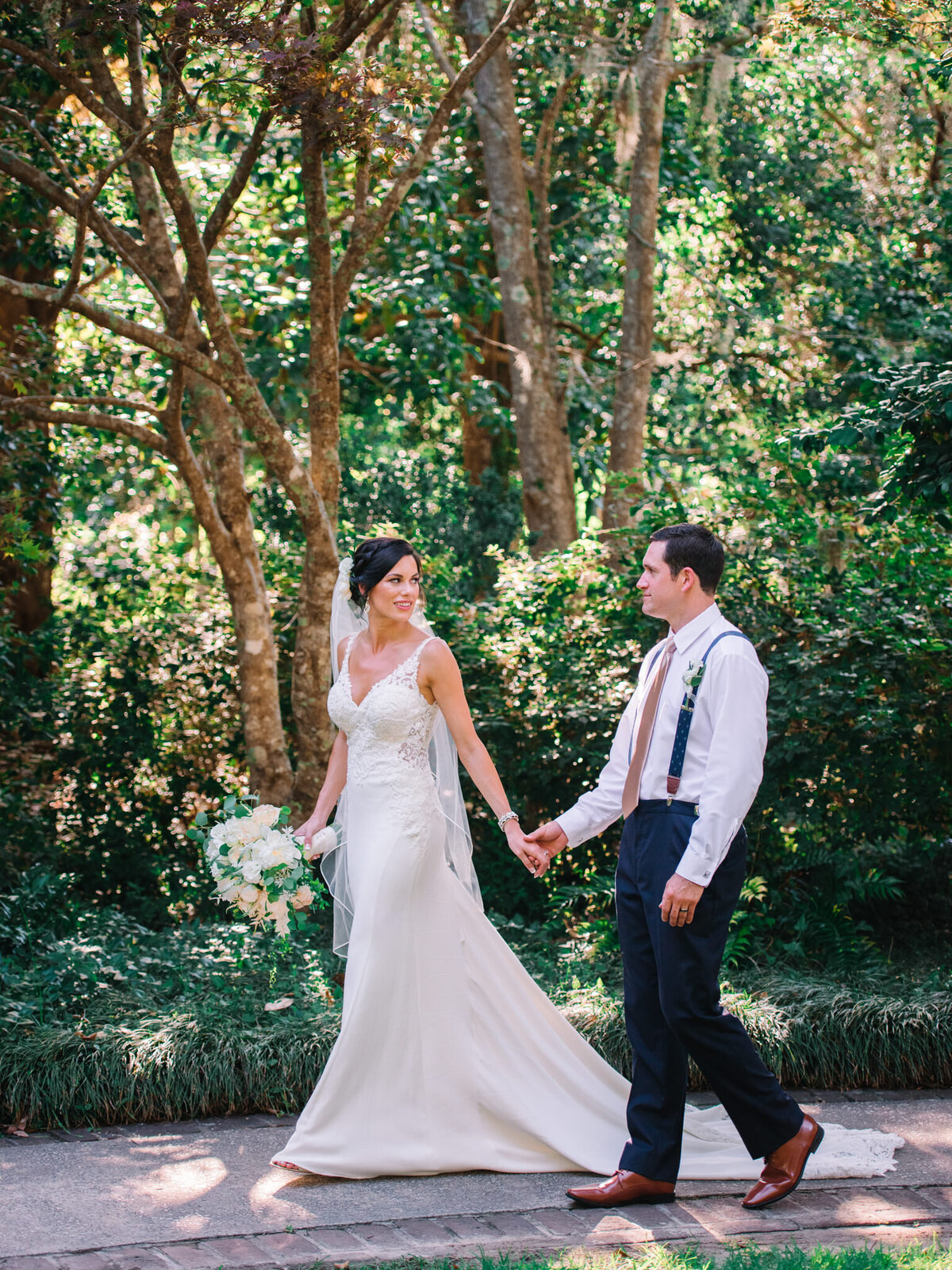 Brookgreen Gardens Wedding Pictures by Top Pawleys Island Wedding Photographer