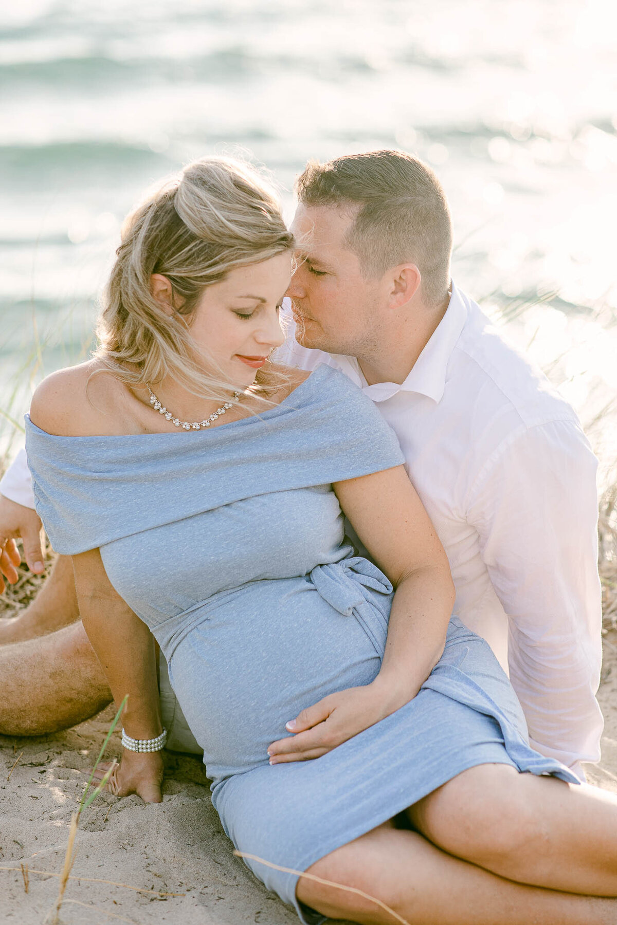 Leidy and Josh Photography | Tunnel Park Beach Maternity -4