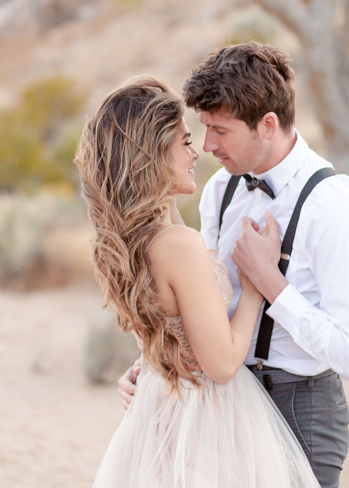 Joshua-Tree-National-Park-Elopement-Photography