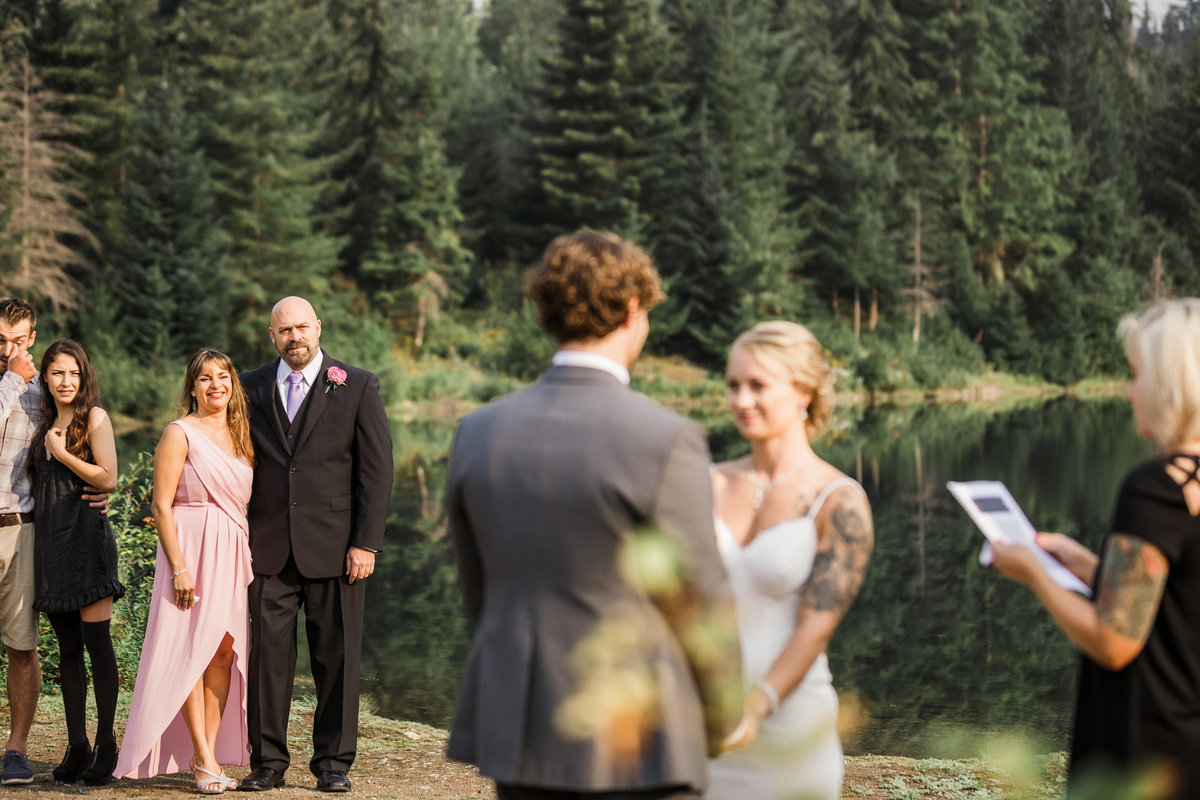Snoqualmie-Pass-Elopement-Gold-Creek-Pond-61