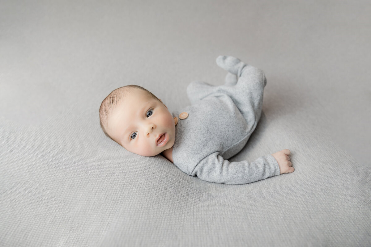 newborn-baby-boy-photos-ottawa-grey-loft-studio-1