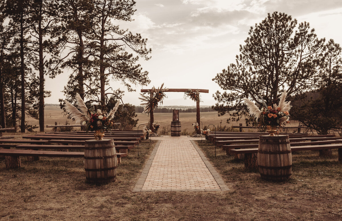 younger-ranch-wedding-Native-Roaming-Photography-60
