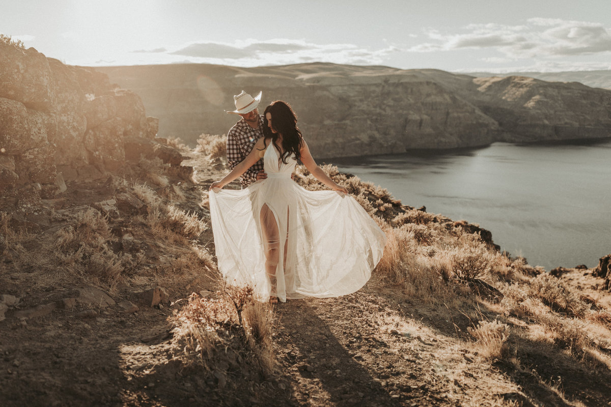 Vantage Point Washington Engagement photography