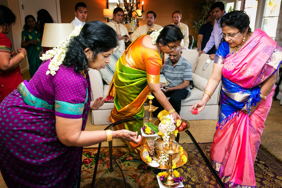 016-estancia-la-jolla-hotel-and-spa-wedding-photos-vithya-peter