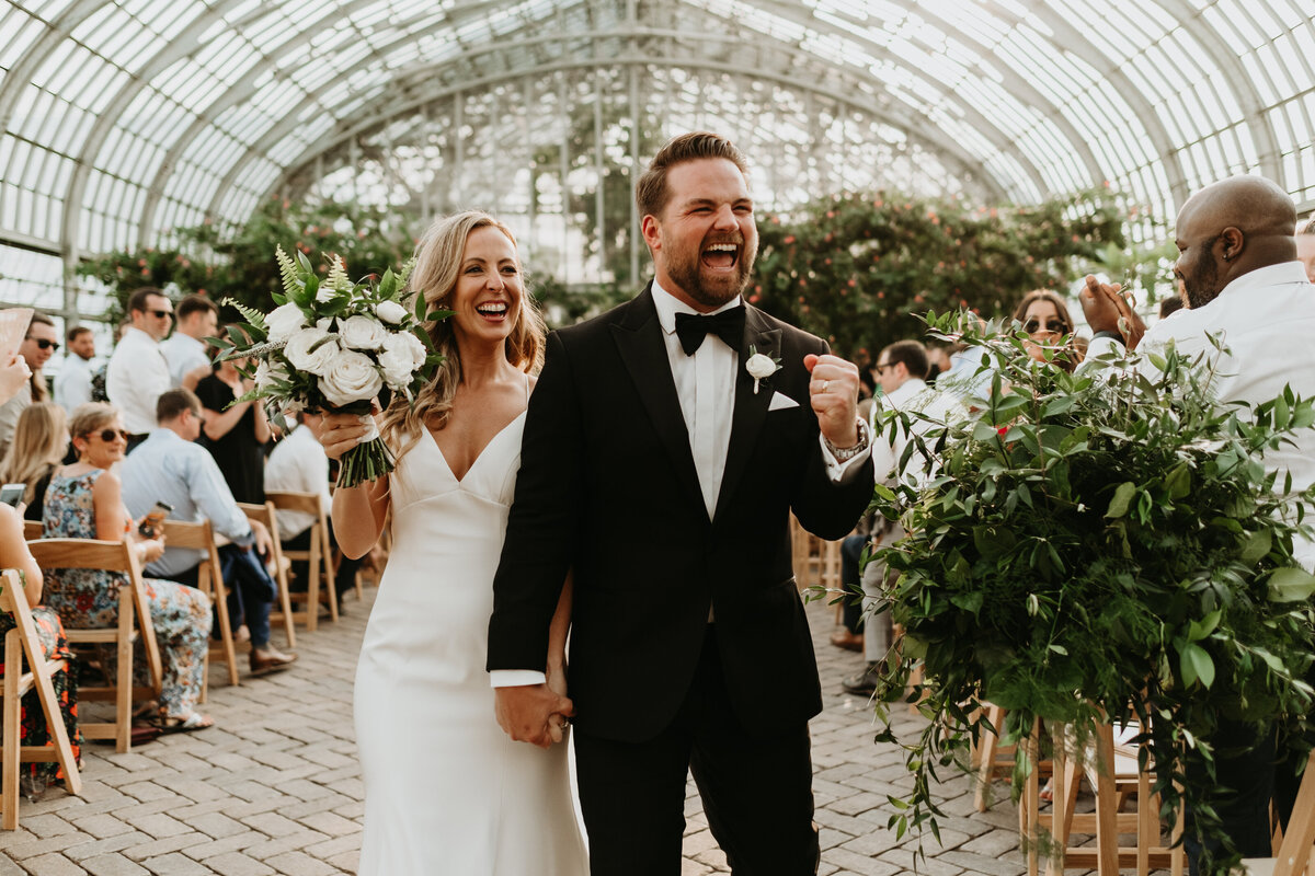 Garfield-Park-Conservatory-Chicago-Wedding-1325