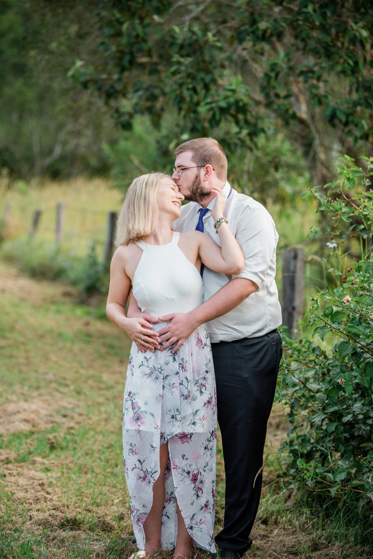 couple-guy-kissing-girls-forehead-rural-lead-images-photography (1 of 1)