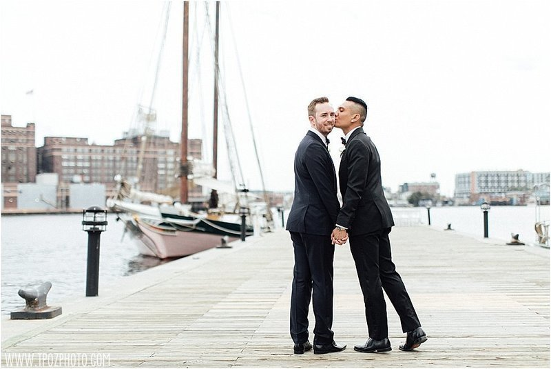 same-sex-wedding-frederick-douglass-maritime-museu_23