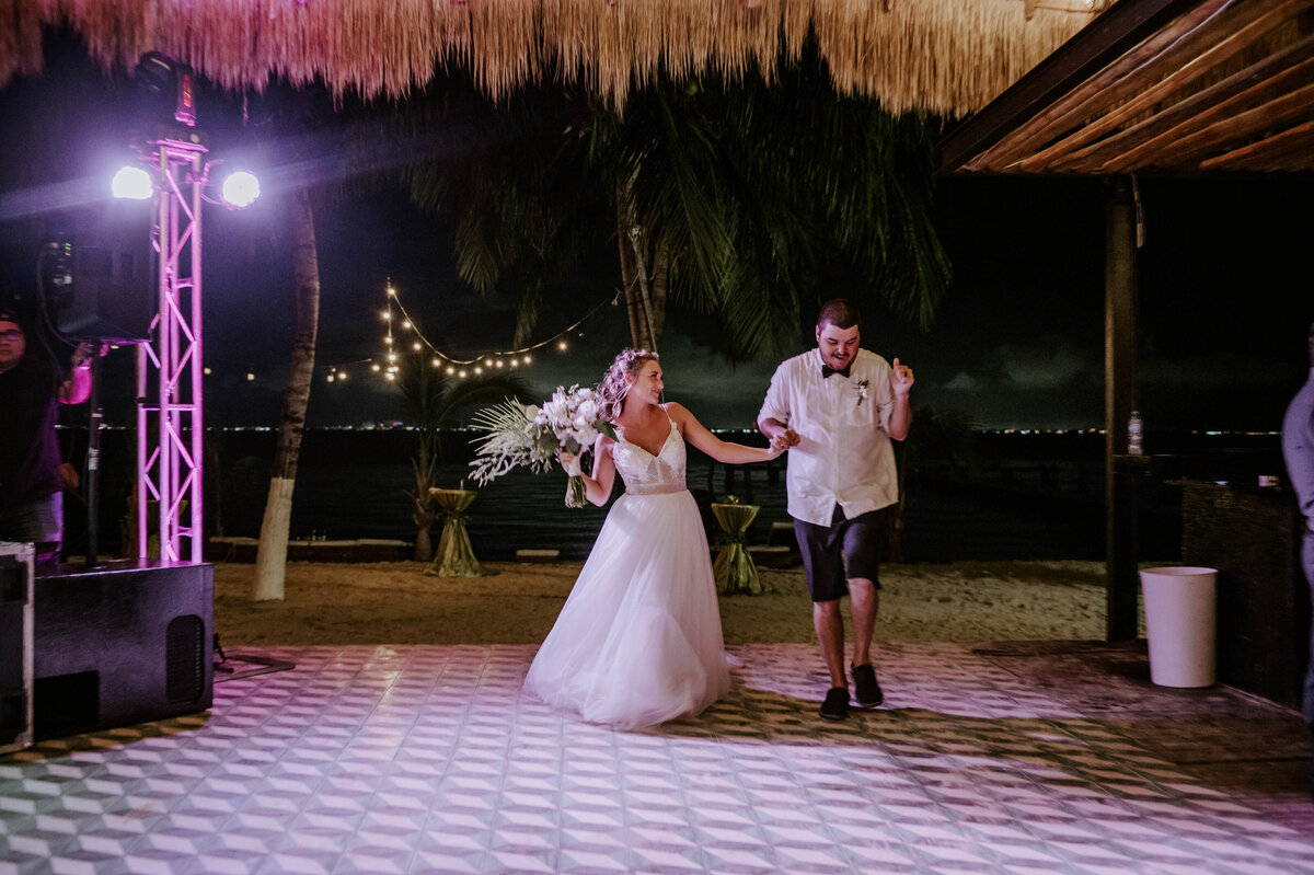 isla-mujeres-wedding-photographer-guthrie-zama-mexico-tulum-cancun-beach-destination-1624