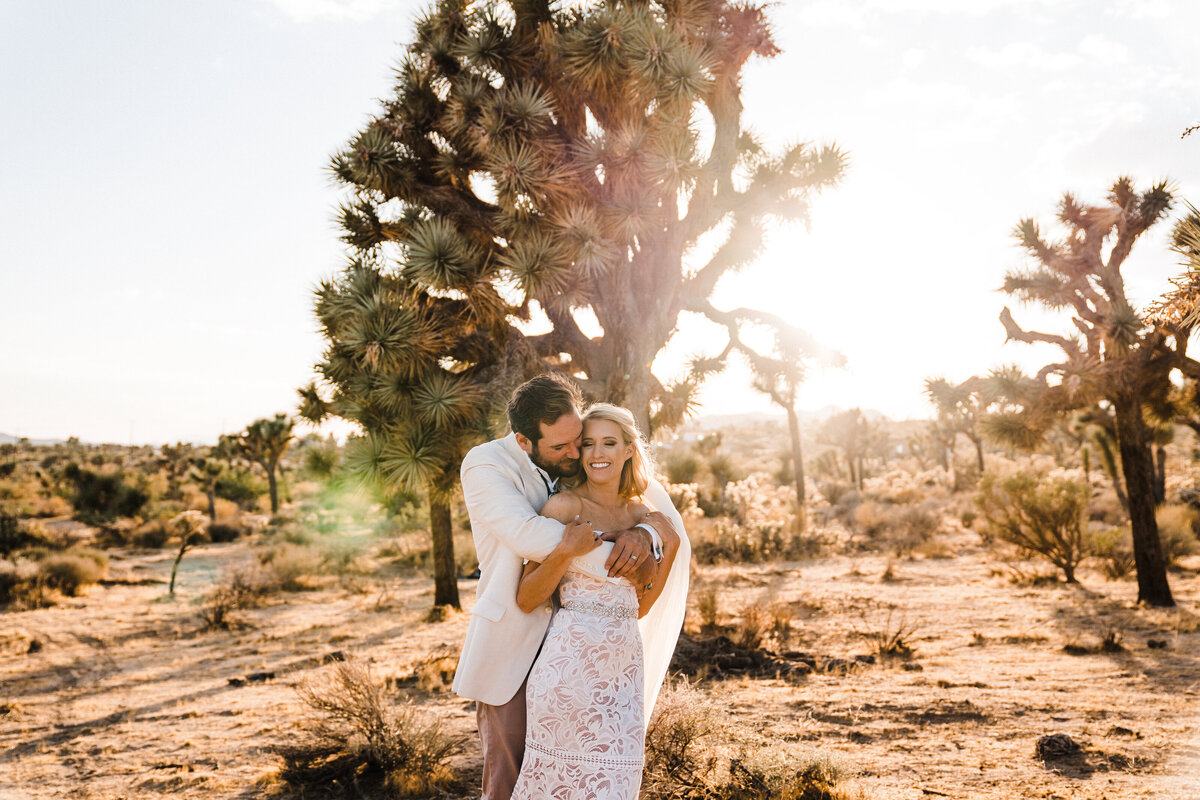 joshua-tree-national-park-adventure-elopement-photographer-1