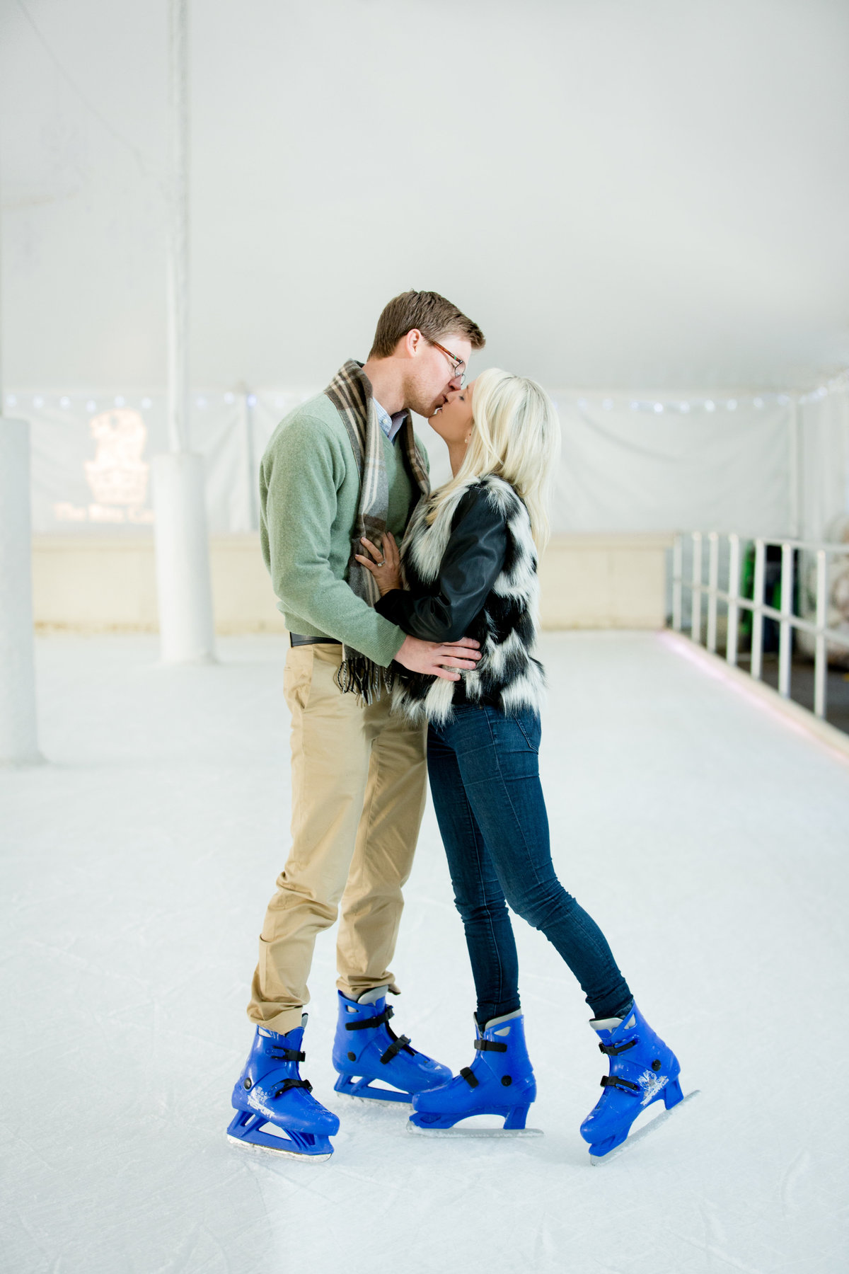 ice-skating-engagement-photos