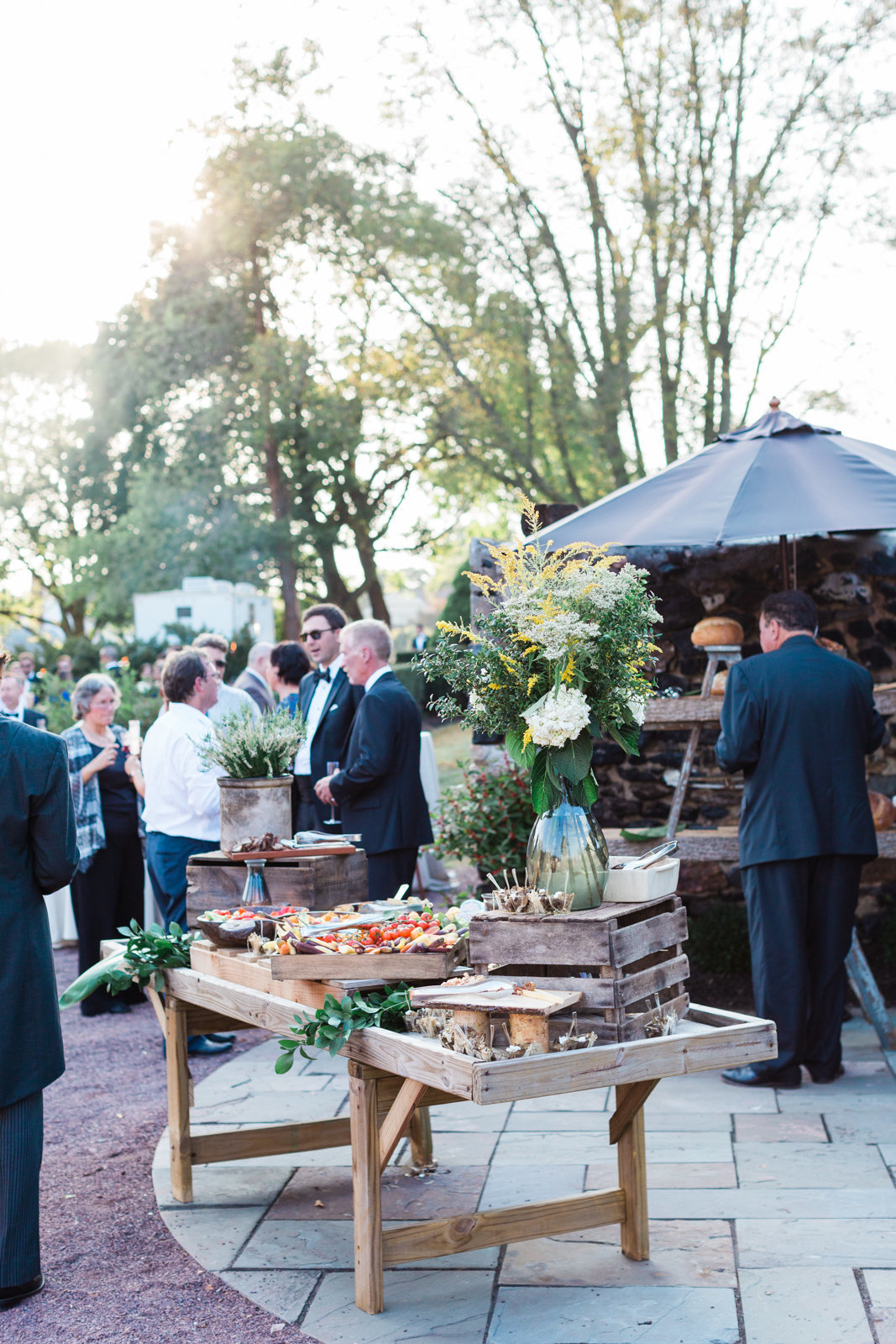 outdoor wedding reception details