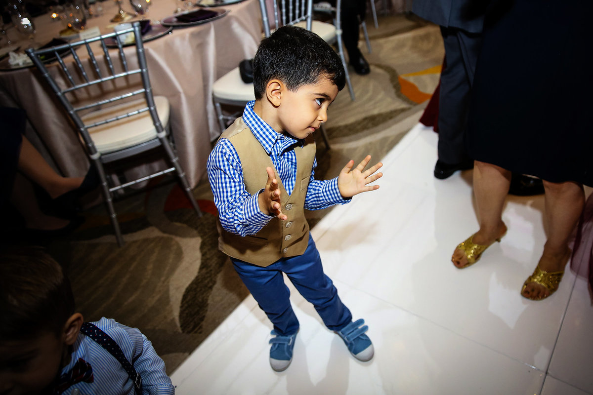 147-hotel-irvine-wedding-photos-sugandha-farzan