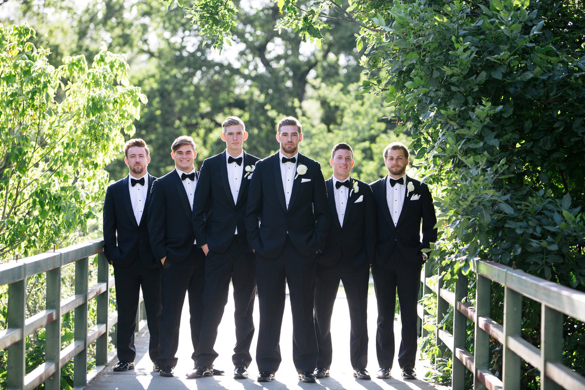 outdoor groomsmen photos Sacramento Ca