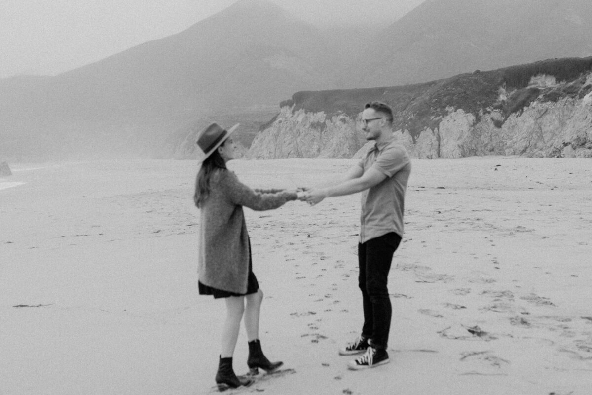 Big-Sur-Elopement-Photographer_Adventurous-Couples-Session_Northern-California-Photographer_Anna-Ray-Photography-60