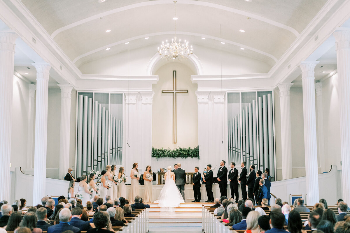 Classic Dallas Wedding at the Room on Main (25)