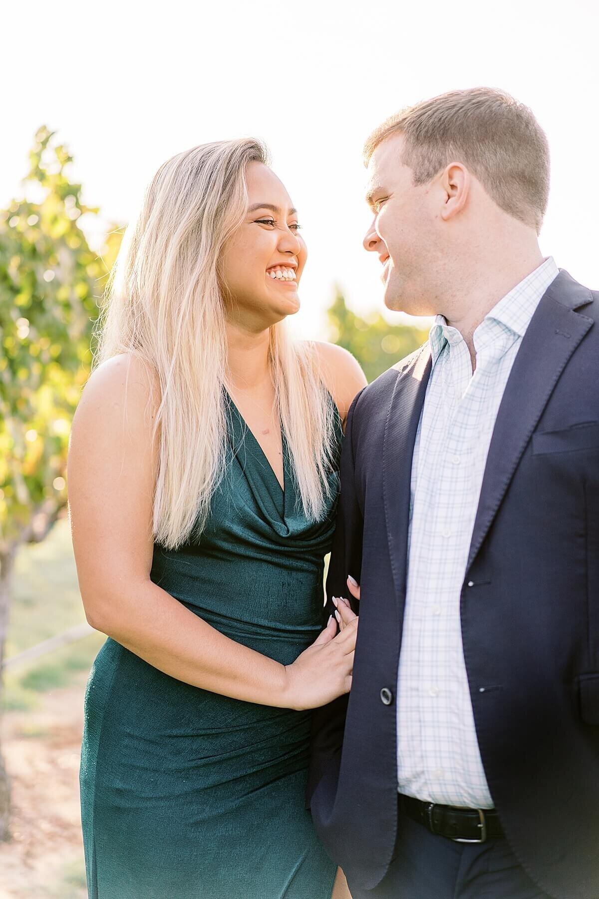 Texas-Hill-Country-Vineyard-Engagement-Portrait-Session-Alicia-Yarrish-Photography_0049
