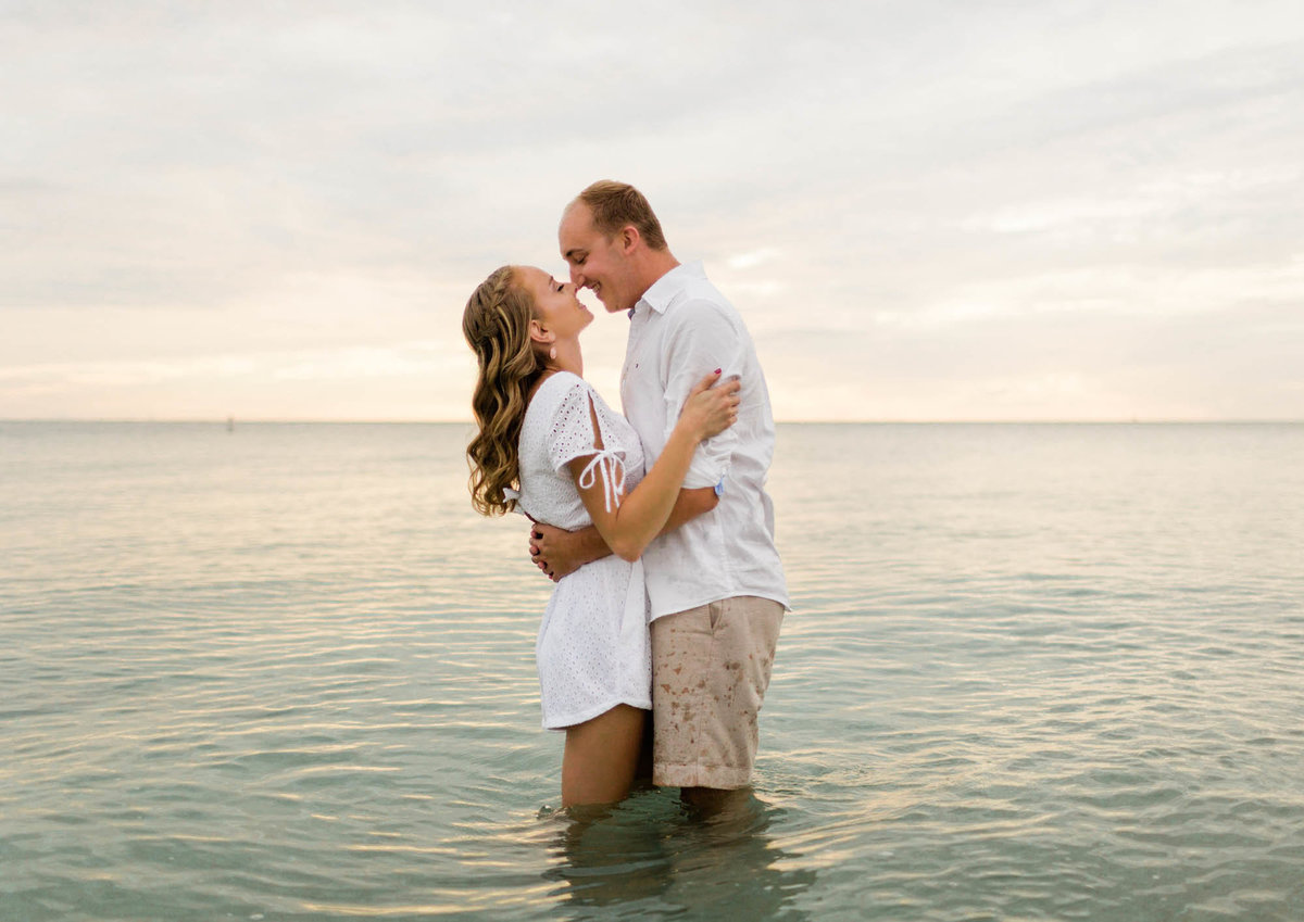 naples-florida-wiggins-beach-engagement-photos-1004