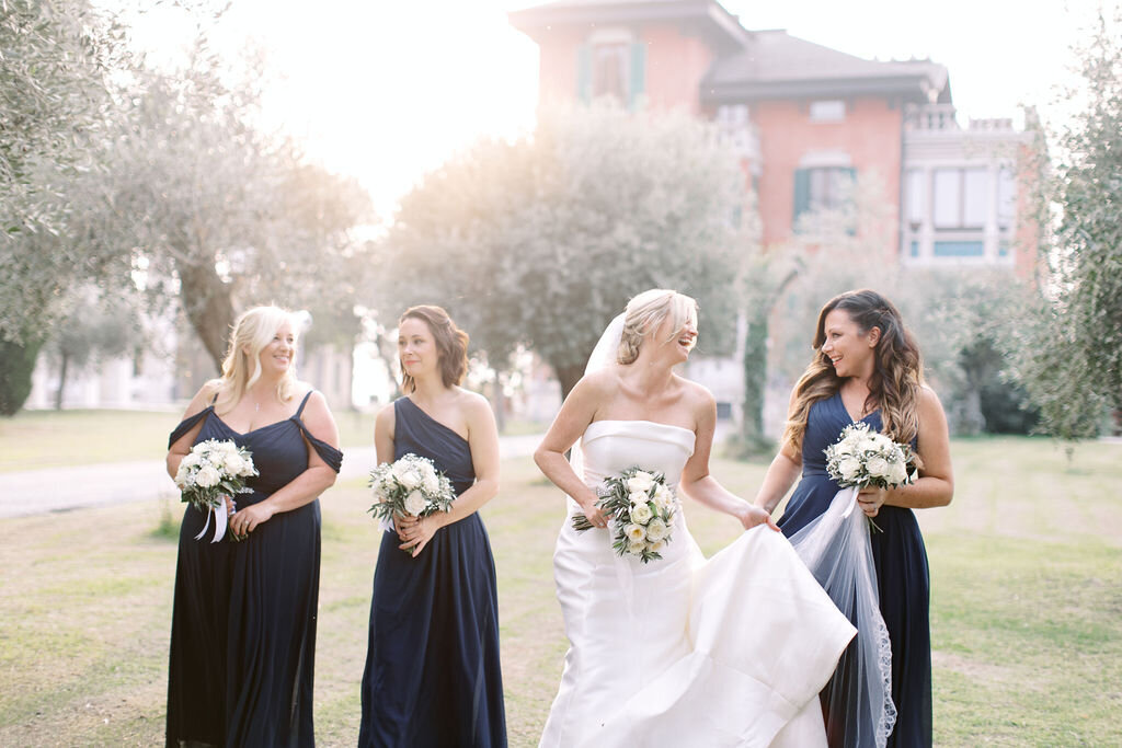 best-italy-wedding-photographer-soft-airy-lake-como-garda-mike-hannah-previews-7