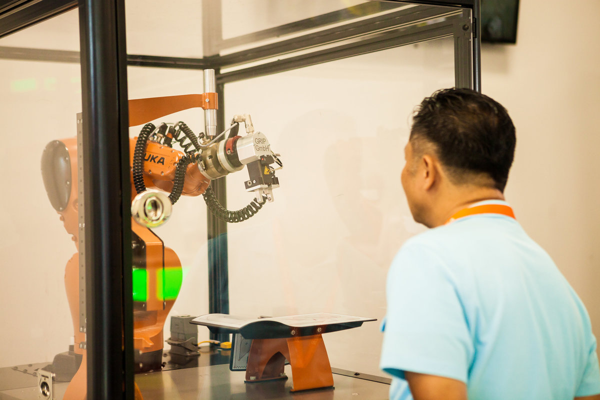 KCCPhoto-KUKA Robotics Open House_20170912_019