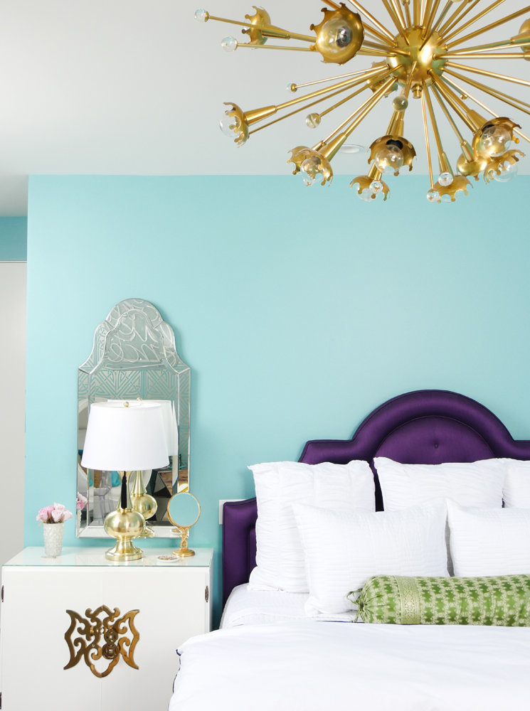 Glamour-Nest-Encino-Playful-Glamour-Interior-Teen-Bedroom-03