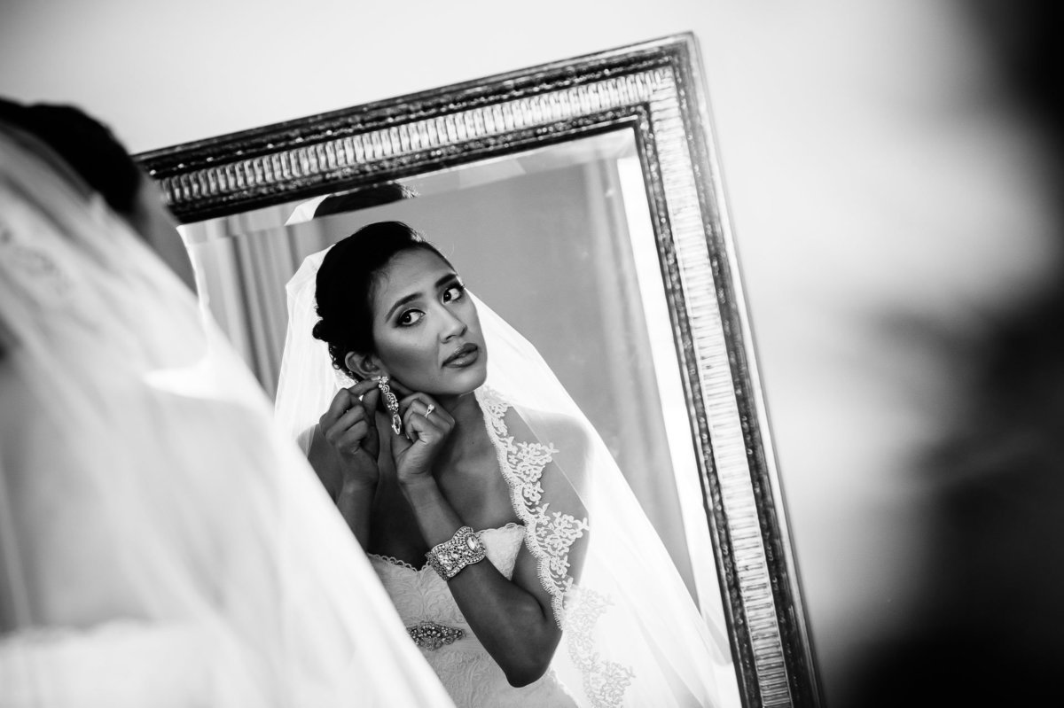 bride getting ready at camino real hotel in el paso by stephane lemaire photography